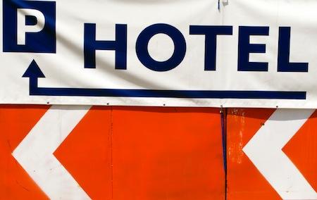 let's explain airport hotel parking