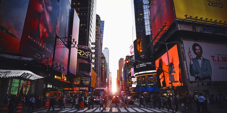 literary holidays - new york