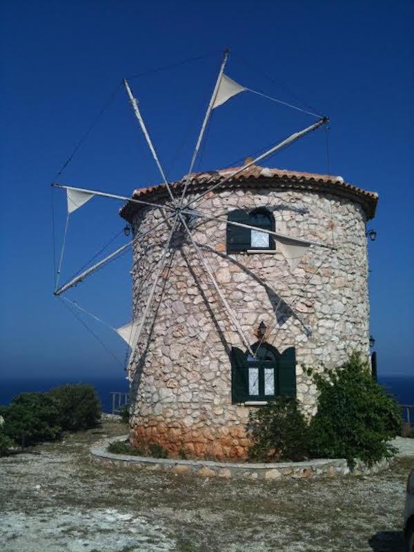 Skinari windmill