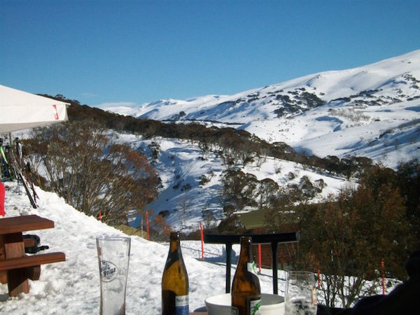 A day on the slopes. Apres Ski in Oz!