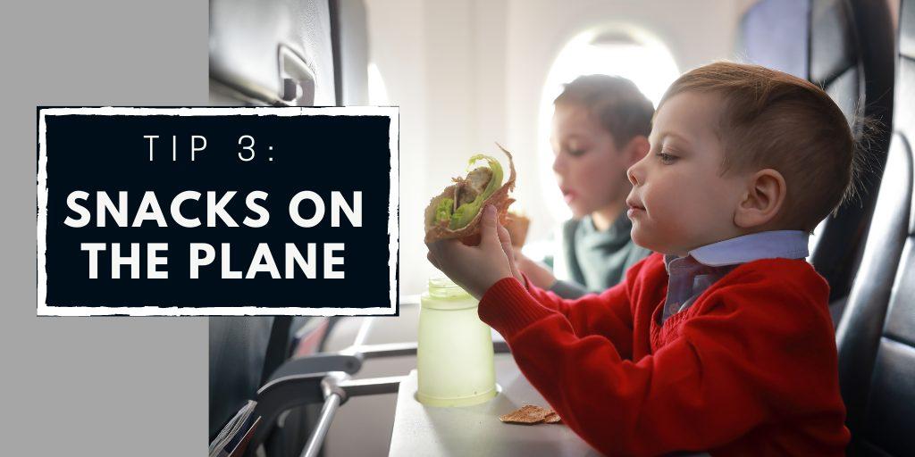 Entertaining children on journeys - kids snacking