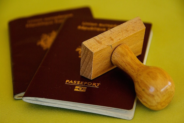 Emergency abroad - what happens if I lose my passport?