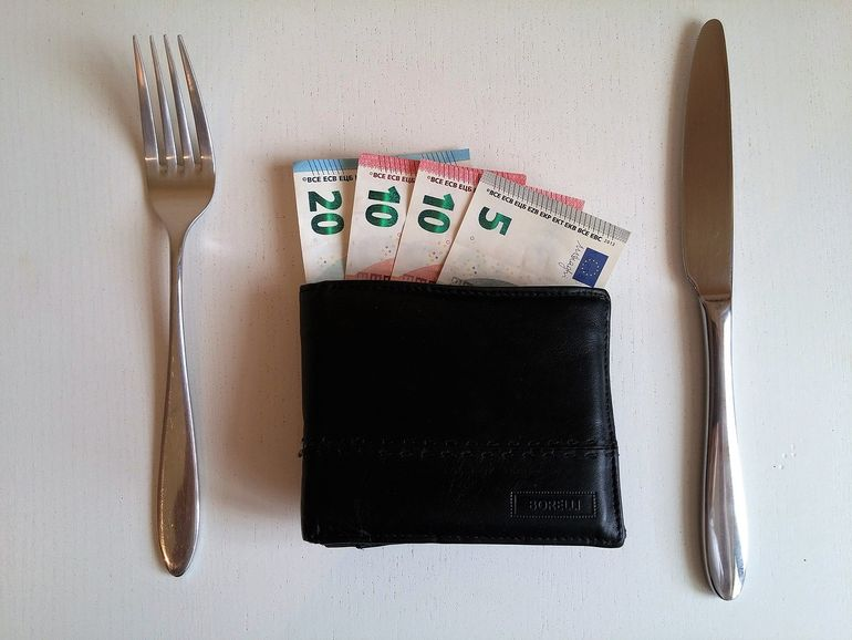 Know how to say Can I have the bill, please in 6 languages