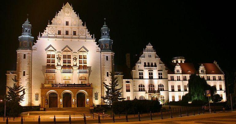 Planning a weekend in Poland: Visit the Poznań Collegium